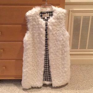 Michael Kors Like New Faux White Fur Vest